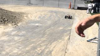 losi 8ight 1 8 4wd gas buggy rc massive jumps at rcx 2015