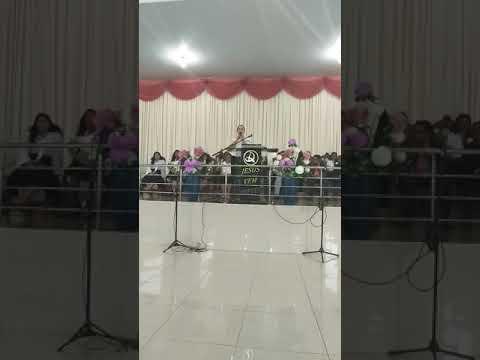 Jocineia louvando a Deus em Guajará -mirim Rondônia