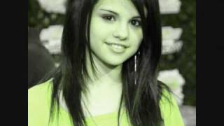 Selena Gomez Naturally Lyrics