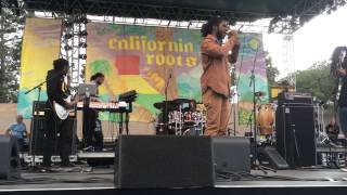 """Chronixx Live at Cali Roots 2015 - """"Start a Fyah"""""""