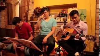 Mùa yêu đầu - Acoustic cover