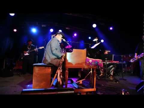 "Dr. John - ""Right Place Wrong Time"" Live at SXSW 2012"