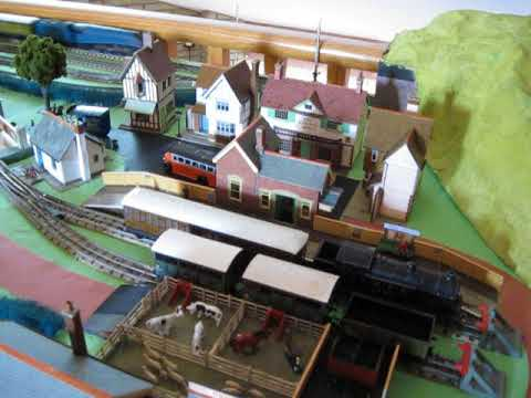 Charles Cooper's Railway Pages - My Hornby-Dublo layouts
