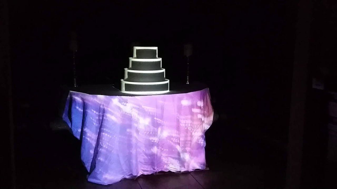 projection wedding cake with projection mapping on a cake form 18806