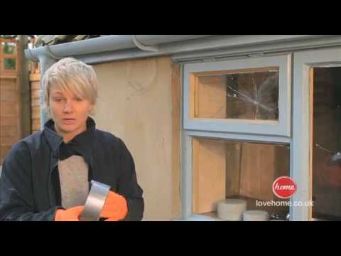 DIY - How to replace a broken window pane with putty - with Philippa Tuttiett