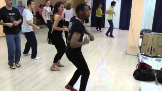 Видео: Yoandy Villaurrutia - Salsa 25.03.14