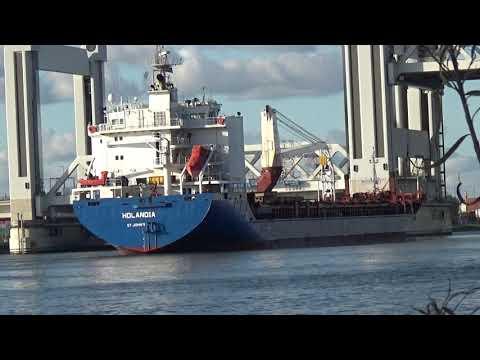 MV Hollandia, Dry cargo multi-purpose container vessel