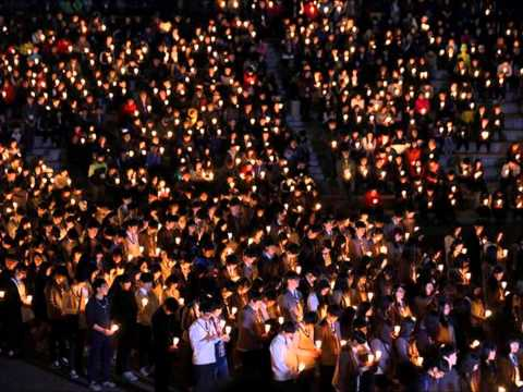 South Korea ferry disaster: Families tribute