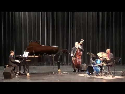 Brandon Goldberg, Lynn Seaton, Quincy Davis - Oleo by Sonny Rollins