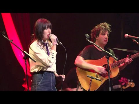Karen O & Molly Lewis perform 'Just a Closer Walk with Thee'