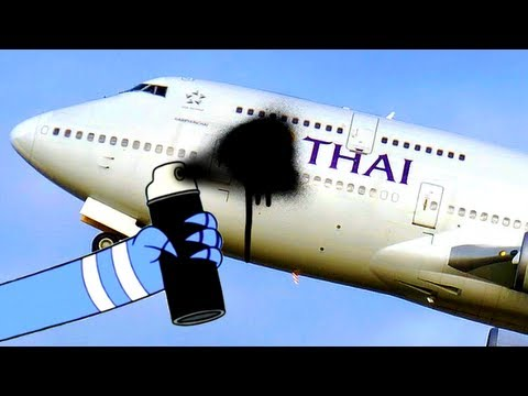Thai Airways blacks out its own logo on plane after crash landing