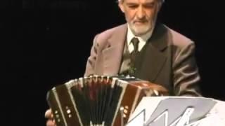 Play El Cabure (Arturo De Bassi)