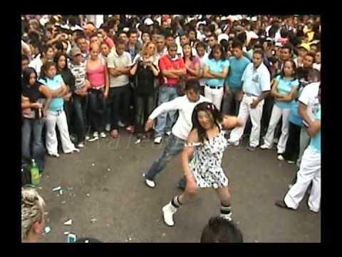lo mejor de los mercados de la Merced en Bailes callejeros ciudad de mexico.