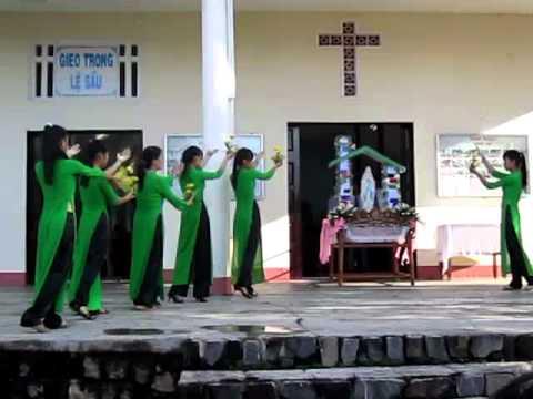 GX Võ Lâm: Múa mừng Đức Mẹ Mân Côi tháng 10-2012