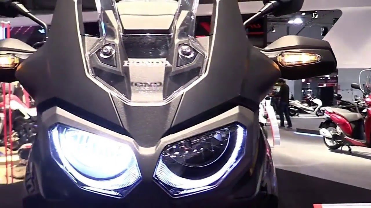 new 2018 honda africa twin crf1000l review youtube. Black Bedroom Furniture Sets. Home Design Ideas