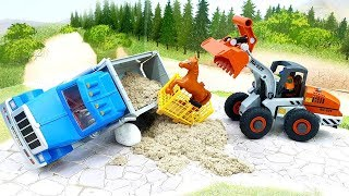 Мультики для детей с машинками - новые мультфильмы с игрушками 2020 - За двумя зайцами!