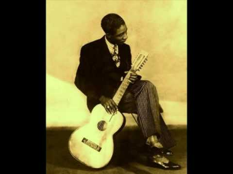 Blues In G LONNIE JOHNSON (1928) Guitar Hero Legend Of Blues