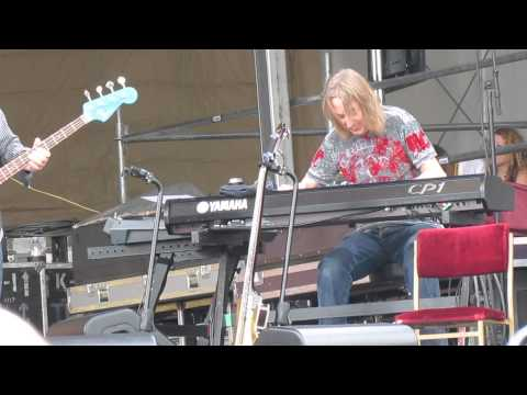 Eric Clapton - Key To The Highway @ Jazz Fest 2014