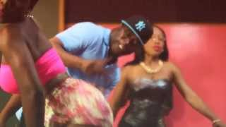 Wayne Wonder & Chiqua - Horny melody [Official Music Video]