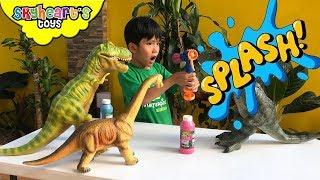 Spray Painting Skyheart's Dinosaur Toys! T-Rex gets splashed colors dinosaurs kids playtime