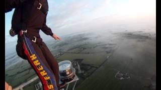 1000ft BASE jump