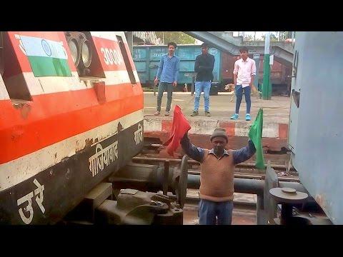 WAP-5 Locomotive Coupling to Shatabdi Express