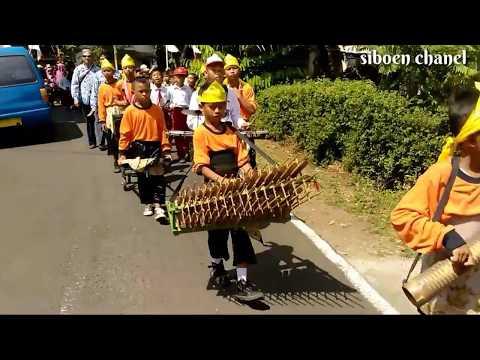 Bocah bocah yg jago mainin alat musik calung & drumband