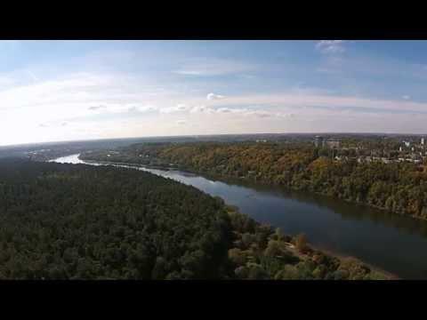 Dronu virš Nemuno ir Panemunės šilo Kaune. Drone Phantom flight above Nemunas river