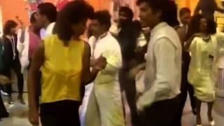 Soul Train Dancers (Madonna - Papa Don