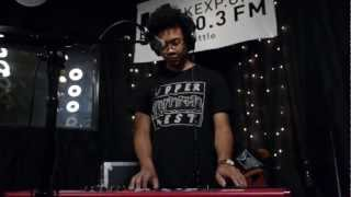 Toro y Moi - Go With You (Live on KEXP)