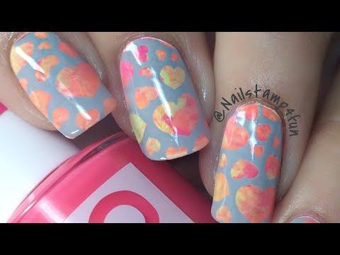 Quickie nail art neon hearts nail stamping with pueen nail party quickie nail art neon hearts nail stamping with pueen nail party 01 prinsesfo Choice Image