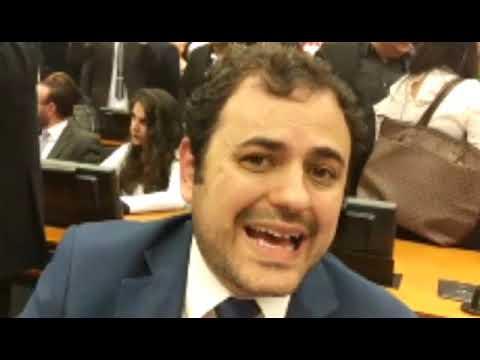 Glauber Braga fala sobre o Escola Sem Partido