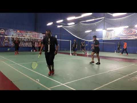 Badminton Friendly Match Pora & Mizi Vs Segambut Masjid BC Second Game