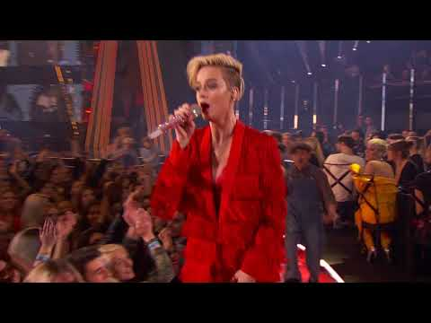 Katy Perry  - Chained To The Rhythm - IHeartRadio Music Awards 2017