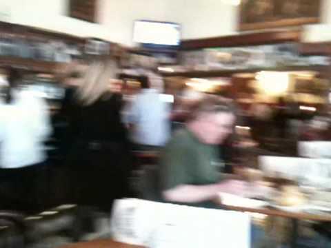 Jake's Crawfish bar, Portland
