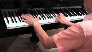 Season3の7曲目は、世界的に有名なハードロックを、ピアノソロにアレン...