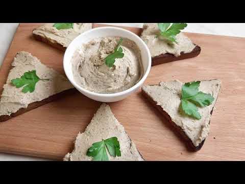 Молниеносный перекус: 2 простейших и вкуснейших намазки на хлеб.
