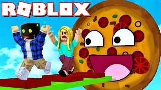 THE GIANT PIZZA IS CHASING US!? - Roblox [English/HD]