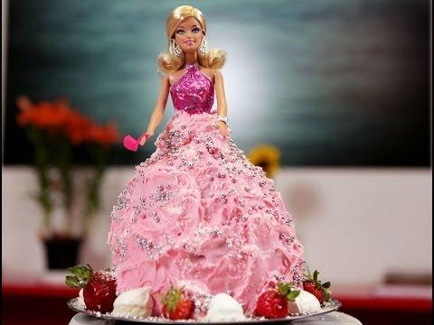 Aprenda a fazer o bolo da Barbie