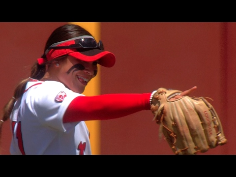 Highlight: Utah softball LF Kay Kay Fronda makes amazing catches in back-to-back games