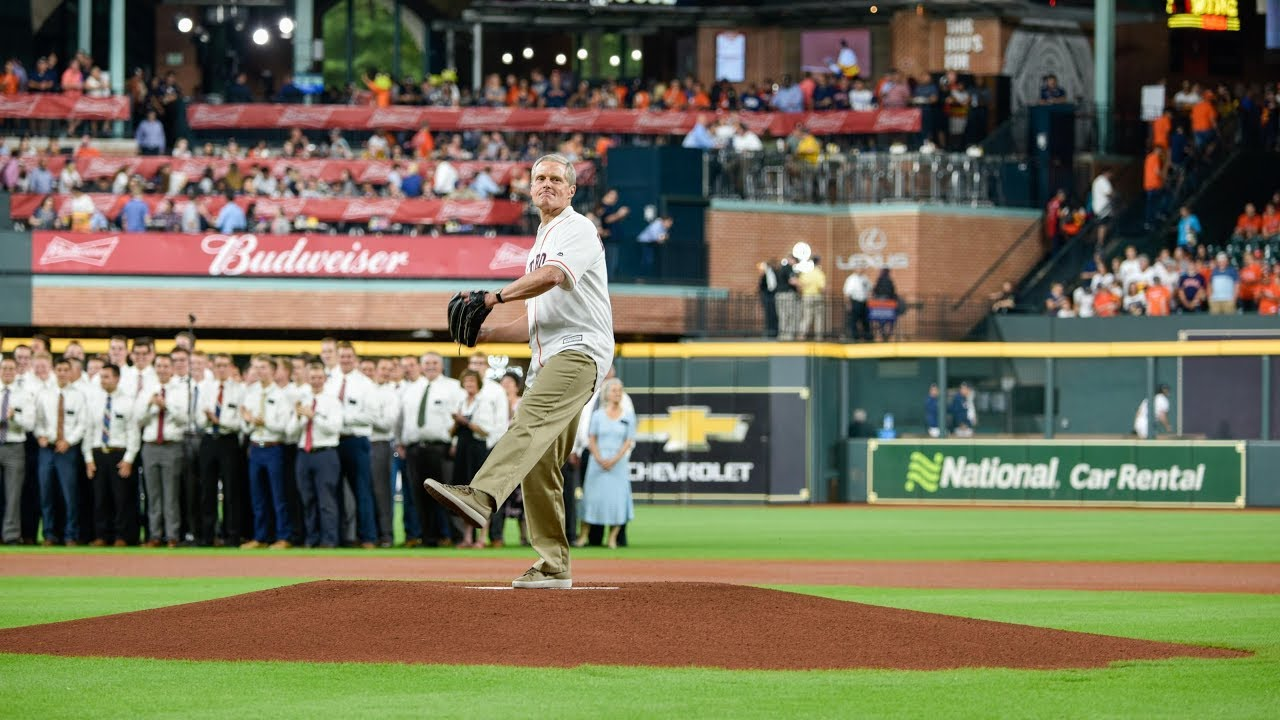 Apostles get First Pitch Honors in the Major Leagues