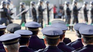 日本の天皇陛下の警護が凄すぎる!米国大統領警備との比較が半端ない!外国人も驚愕した驚きの移動方法とは… thumbnail