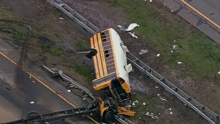 Video New details emerge about driver in New Jersey bus crash download MP3, 3GP, MP4, WEBM, AVI, FLV Mei 2018