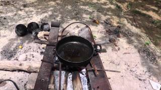 Cooking Jamaican Style - Fry Fish in the countryside!