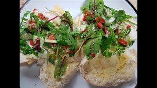 Italiaanse Salsa met Brood uit de Oven Recept