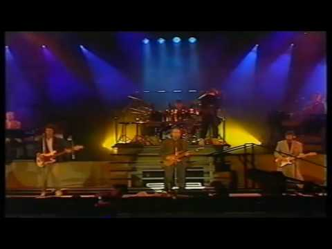 Dire Straits - Solid Rock (with Eric Clapton) (Live @ Wembley Arena, 1988) HD