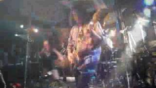 "Japanese QUEENSRYCHE tribute band: ""Jyotei Kocka"" plays ""Revolution Calling"". クイーンズライチ カバーバンド 「女帝国家 -精神犯罪計画-」の ライブビデオです..."