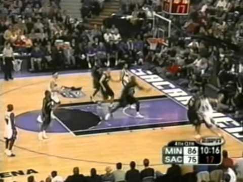 Brad Miller (35pts/10rebs) vs. Timberwolves (2003)