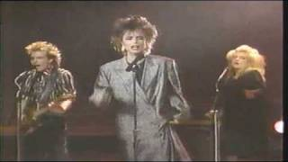 Scandal/Patty Smyth - Hands Tied - [STEREO]