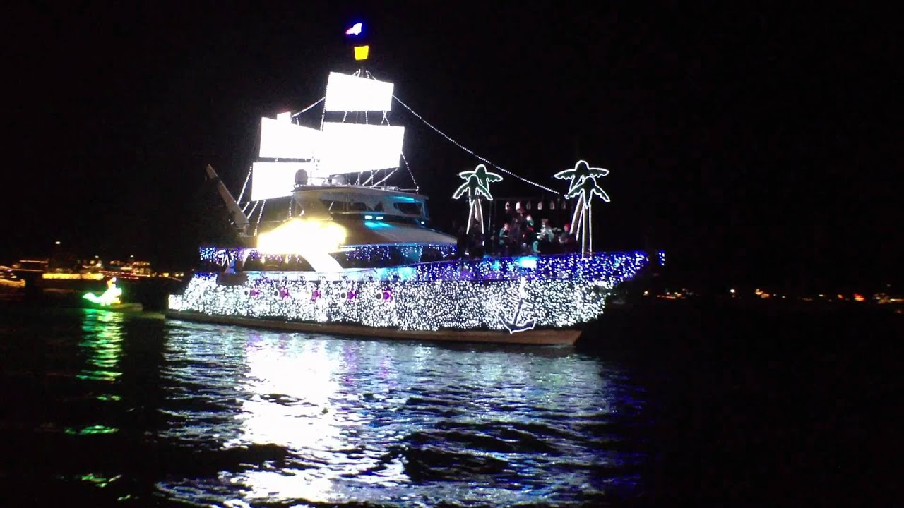 2011 NEWPORT BEACH CHRISTMAS BOAT PARADE YouTube